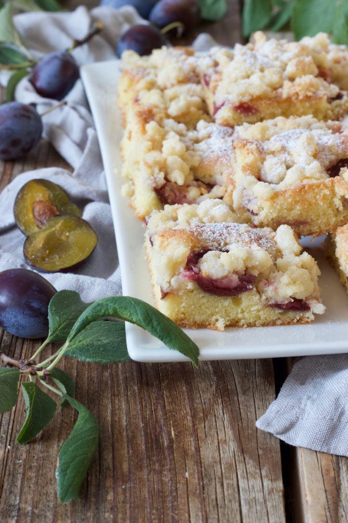 Zwetschken Streuselkuchen vom Blech nach einem Rezept von Sweets & Lifestyle®