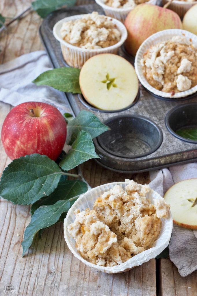 Leckere Apfel-Haferflocken-Muffins nach einem Rezept von Sweets & Lifestyle® zum Frühstück