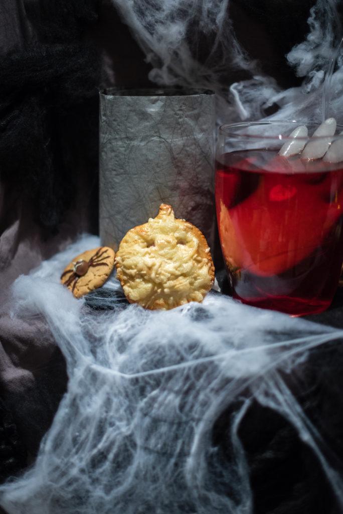 Einfache Snackideen fuer Halloween gemacht beim Halloween Back-Workshop für Kinder von Sweets & Lifestyle®