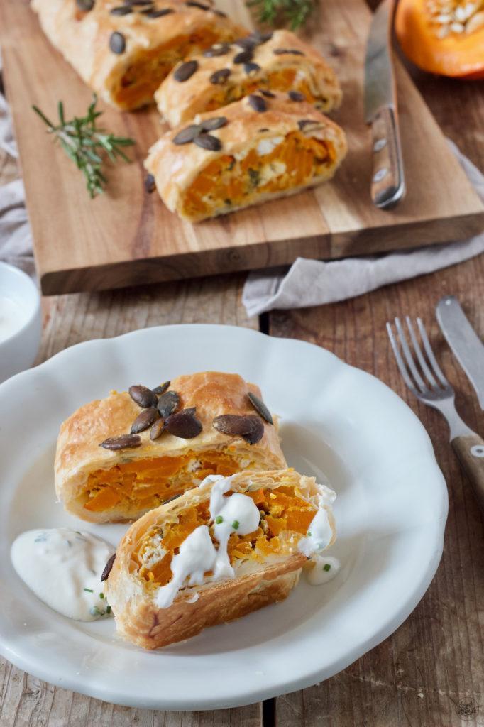 Herbstlicher Kürbisstrudel mit Feta nach einem Rezept von Sweets & Lifestyle®