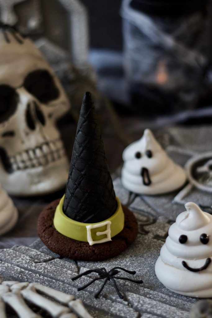 Cookies Hexenhüte für Halloween nach einem Rezept von Sweets & Lifestyle®