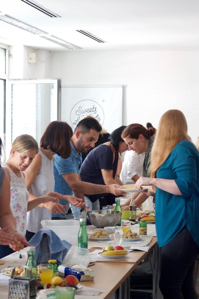 Konfektworkshop mit Foodbloggerin Verena Pelikan von Sweets & Lifestyle® fuer Depot Mitarbeiter