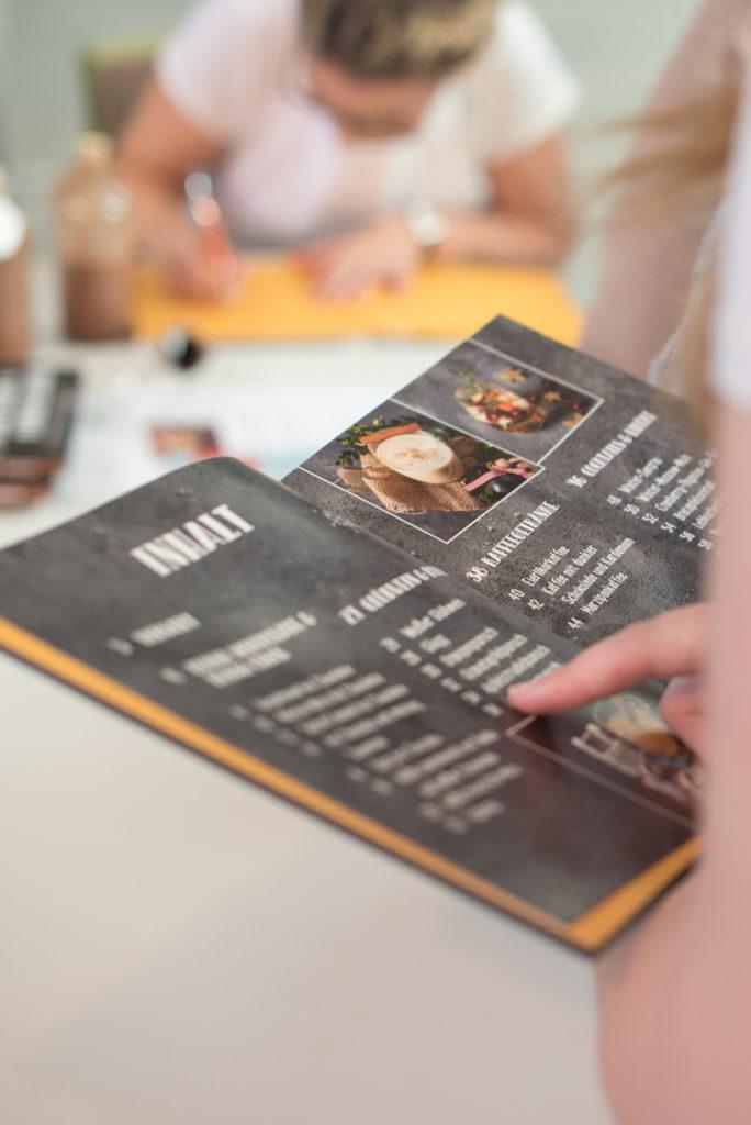 Vorstellung vom Buch Punsch Glögg und heißer Kakao von Verena Pelikan bei der Kuchenmesse Wien