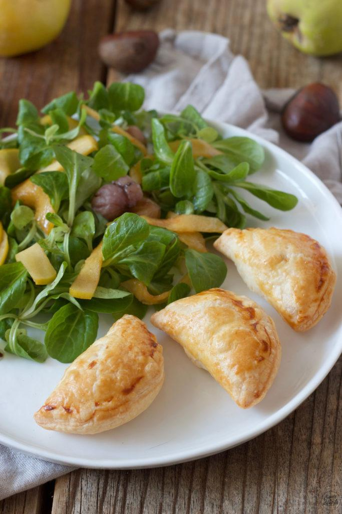 Blätterteigtaschen gefüllt mit Quitte-Maroni-Ziegenkäse-Füllung nach einem Rezept von Sweets & Lifestyle®