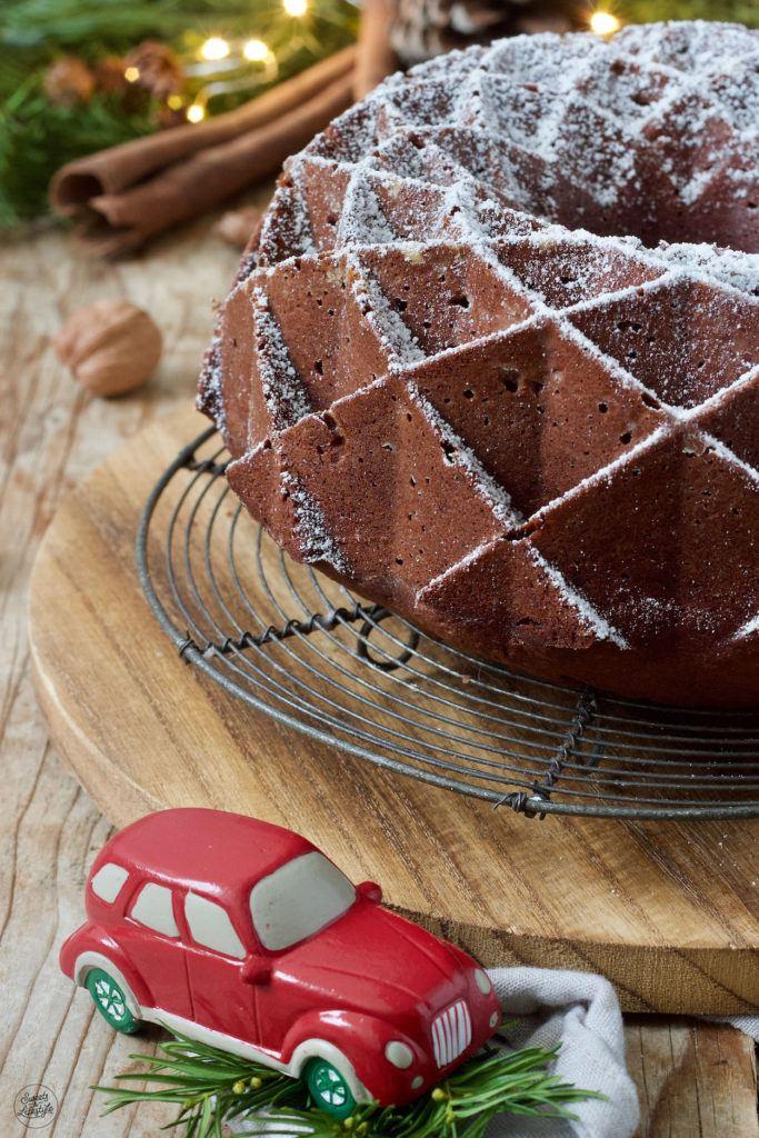 Saftiger Lebkuchengugelhupf nach einem Rezept von Sweets & Lifestyle®