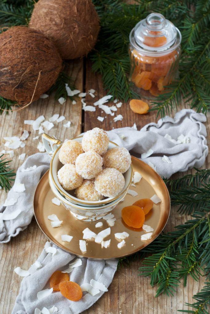 Marillen Konfekt als Ergänzung zu den klassischen Weihnachtskeksen von Sweets & Lifestyle®