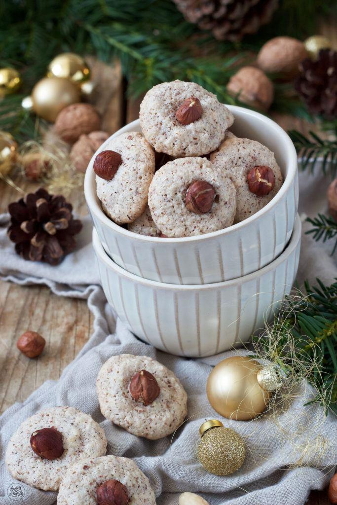 Nussbusserl mit Walnüssen nach einem Rezept von Sweets & Lifestyle®