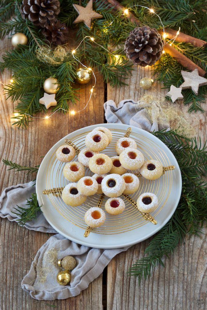 Leckere Engelsaugen nach einem Rezept von Sweets & Lifestyle® als Weihnachtskekse
