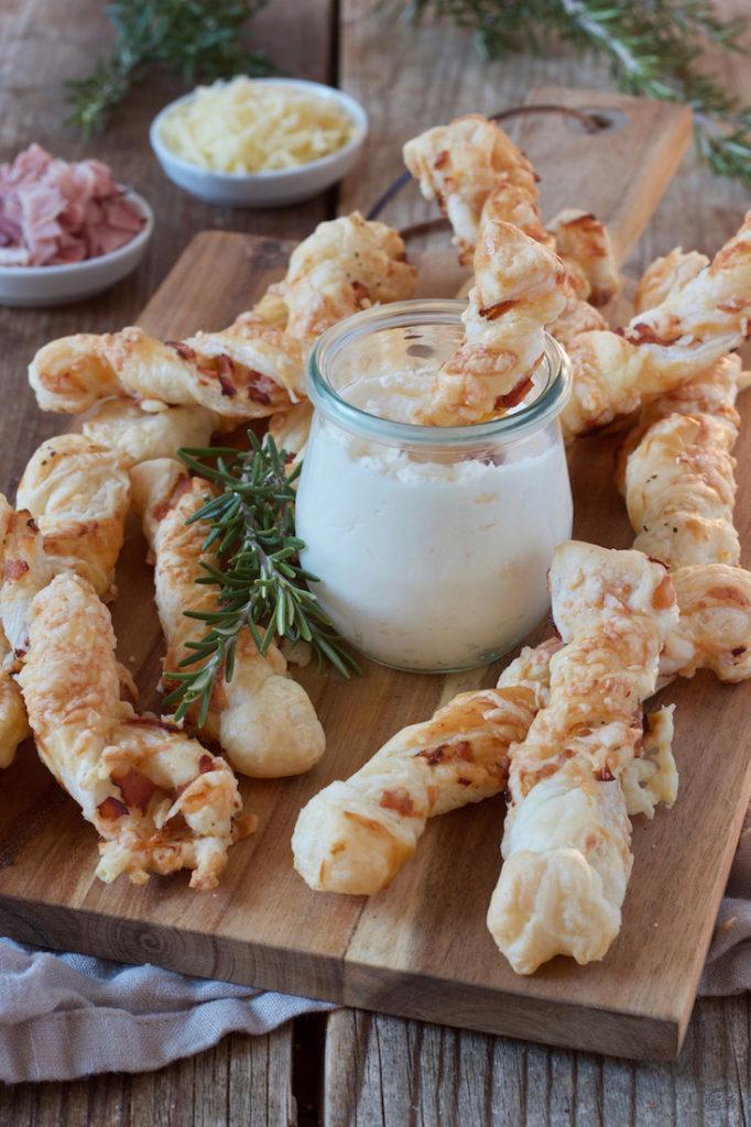 Blätterteig Schinken-Käse-Stangen nach einem Rezept von Sweets & Lifestyle®️️️