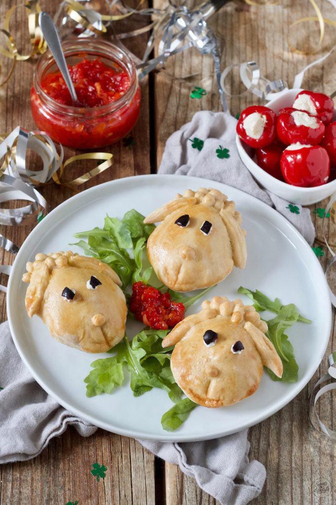 Herzhaft vegetarisch gefüllte Schäfchen als Fingerfood für den Kindergeburtstag von Sweets & Lifestyle®️