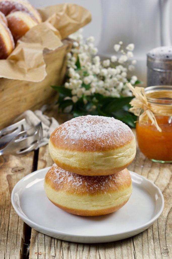 Krapfen gefüllt mit Marmelade nach einem Rezept von Sweets & Lifestyle®️