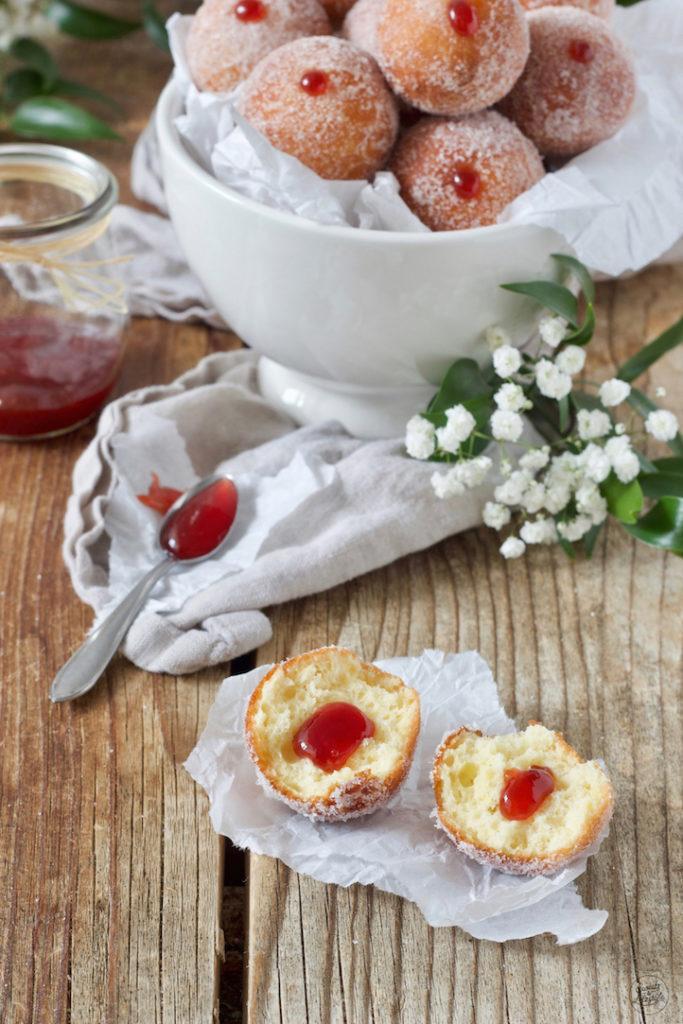 Mit Marmelade gefüllte Topfenbällchen nach einem Rezept von Sweets & Lifestyle®️