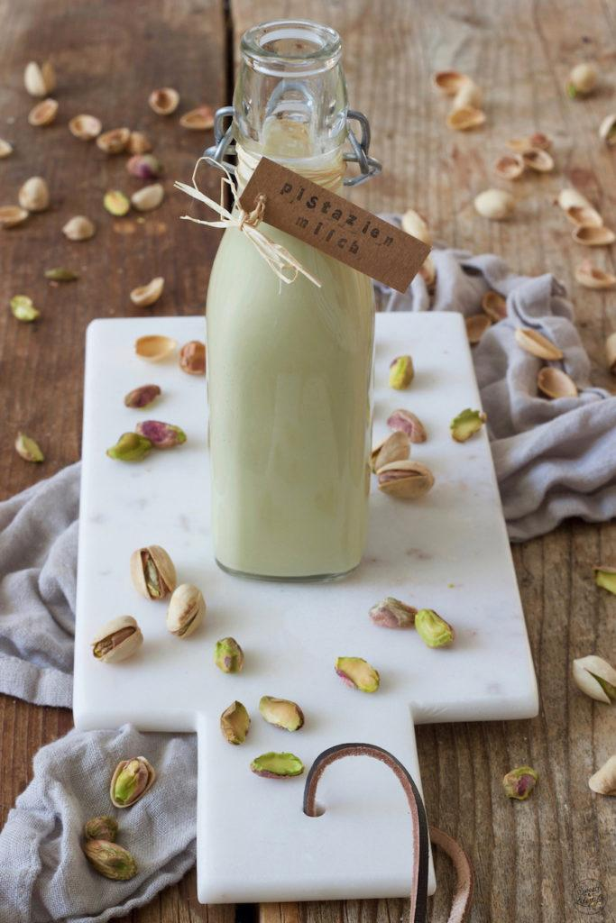Leckere Pistazienmilch selber machen nach einem Rezept von Sweets & Lifestyle®