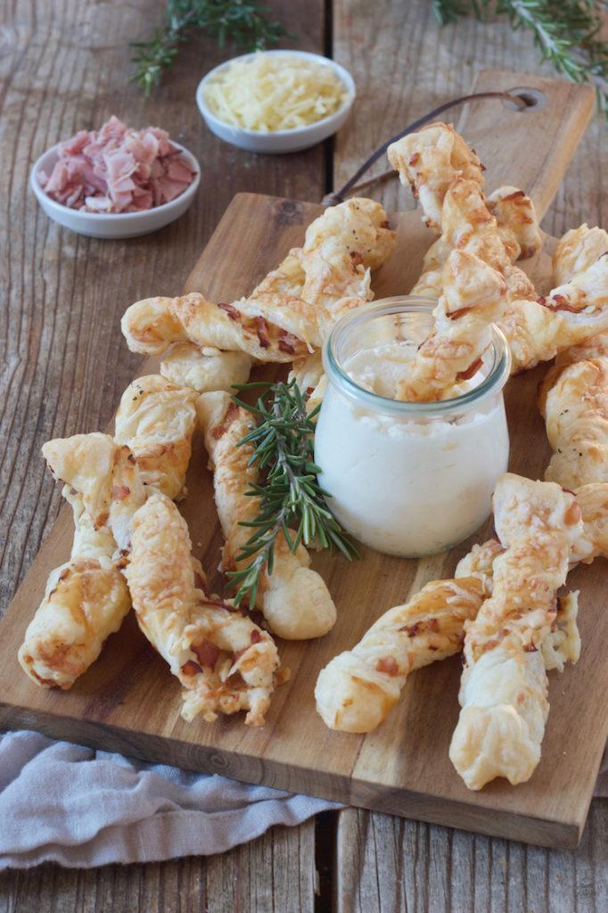 Schinken-Käse-Stangerl aus Blätterteig nach einem Rezept von Sweets & Lifestyle®️️️