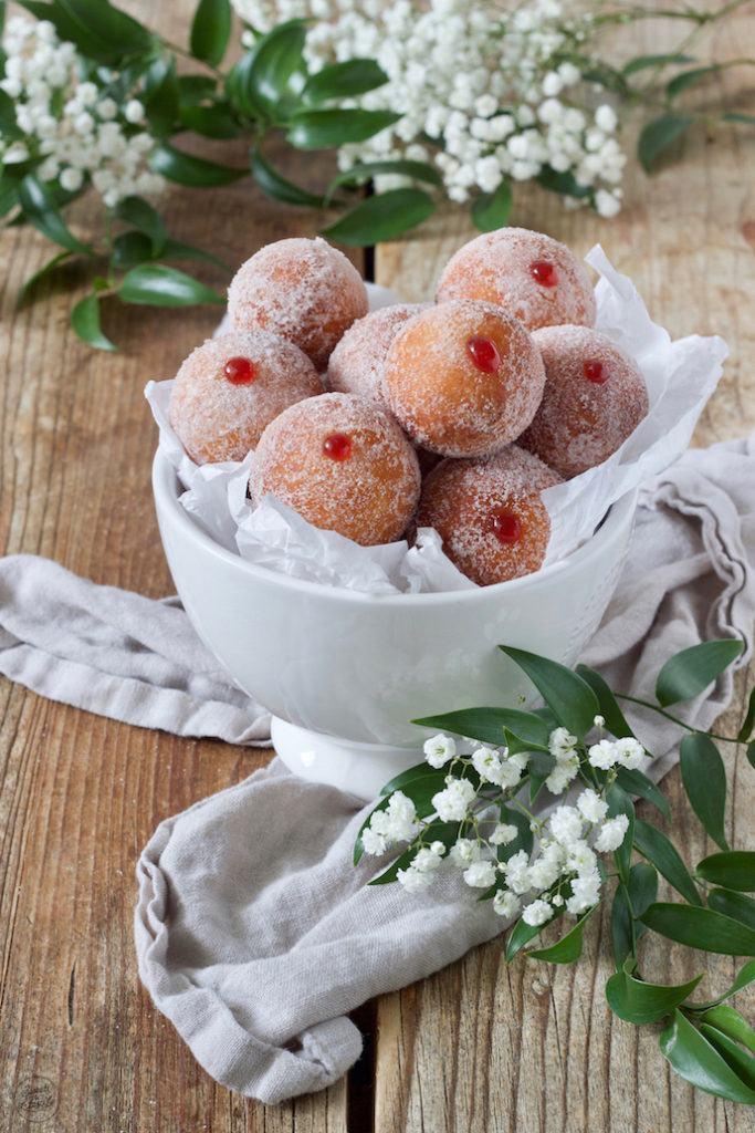 Leckere Topfenbällchen mit Füllung nach einem Rezept von Sweets & Lifestyle®️