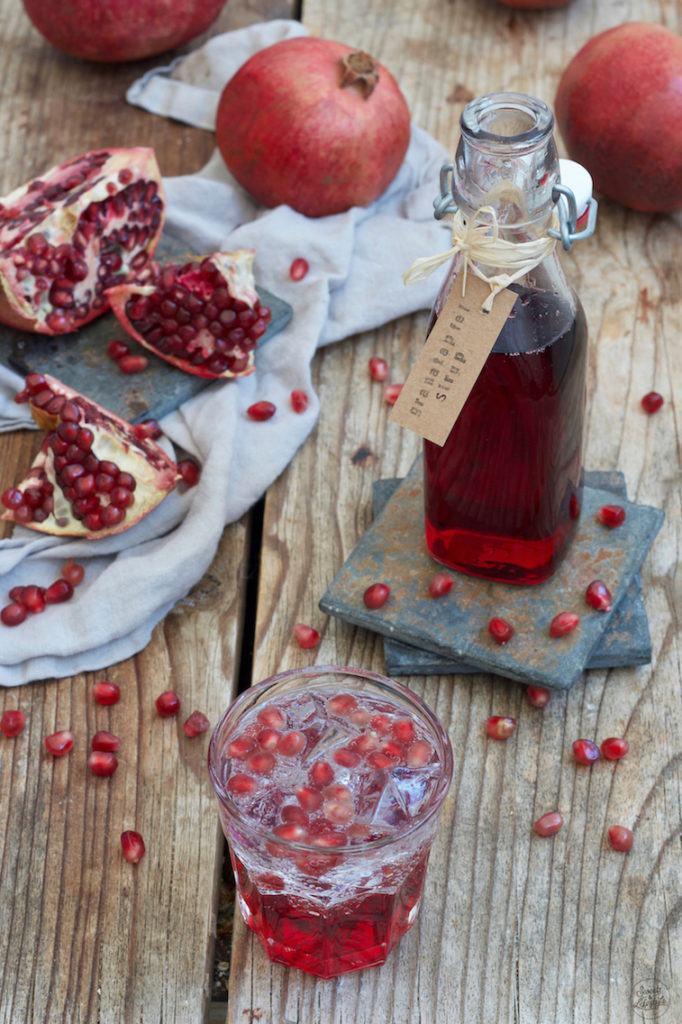 Selbst gemachter Granatapfelsirup nach einem Rezept von Sweets & Lifestyle®