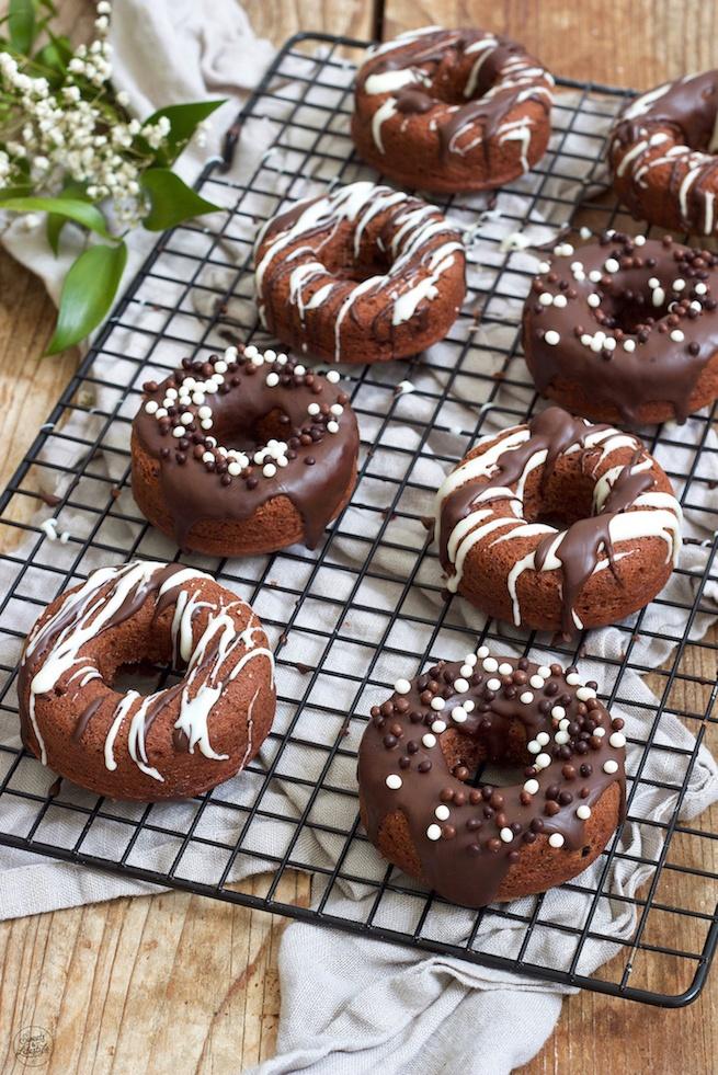 Leckeres Schoko-Donuts Rezept von Sweets & Lifestyle®