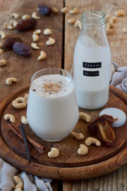 selbst gemachte Cashewmilch von Sweets & Lifestyle®