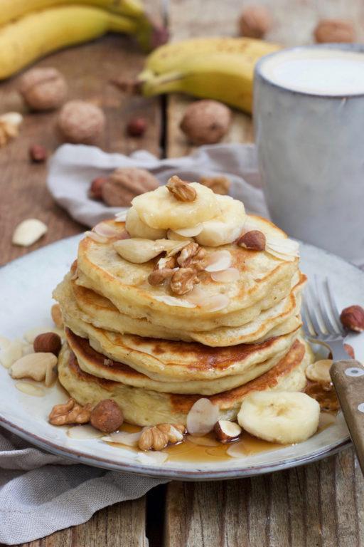 Einfaches Bananen Pancakes Rezept mit Mehl und Ei von Sweets & Lifestyle®