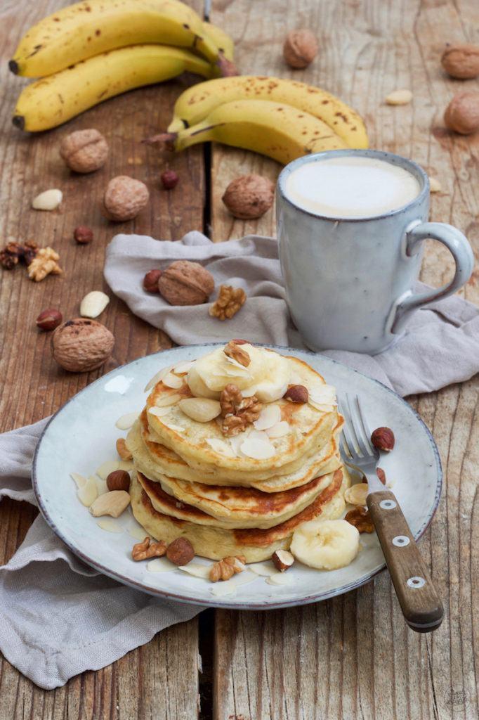 Leckere Bananen Pancakes mit Mehl nach einem Rezept von Sweets & Lifestyle®