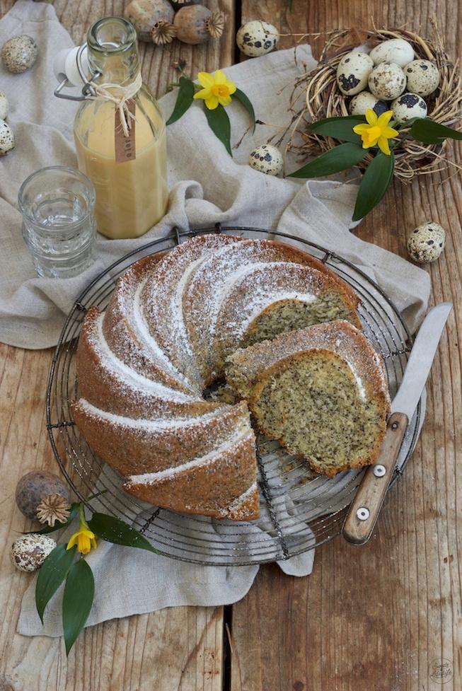 Leckeres Eierlikör-Mohn-Gugelhupf Rezept von Sweets & Lifestyle®