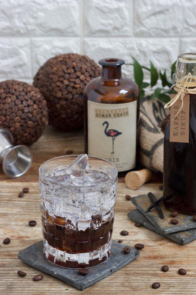 Gin Tonic Coffee mit Kaffeesirup gemacht nach einem Rezept von Sweets & Lifestyle®