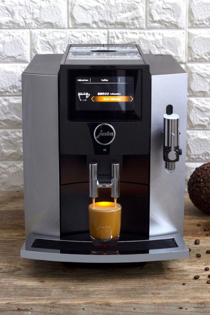 Kaffee aus dem JURA S8 Kaffeevollautomat von Sweets & Lifestyle®