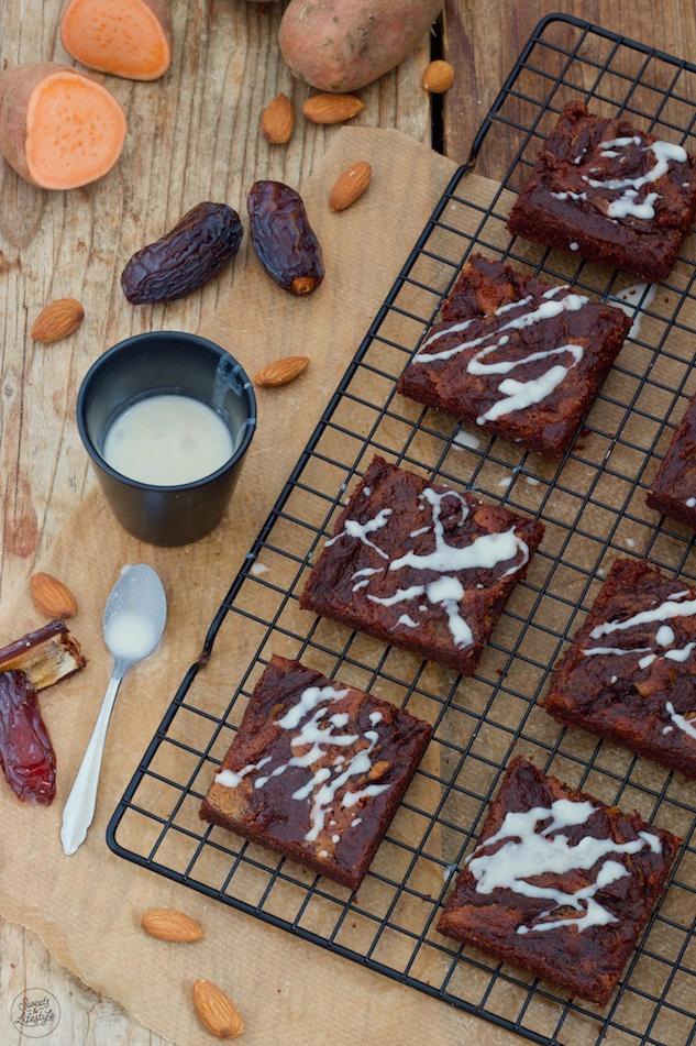 vegane zuckerfreie Süßkartoffel Brownies nach einem Rezept von Sweets & Lifestyle®