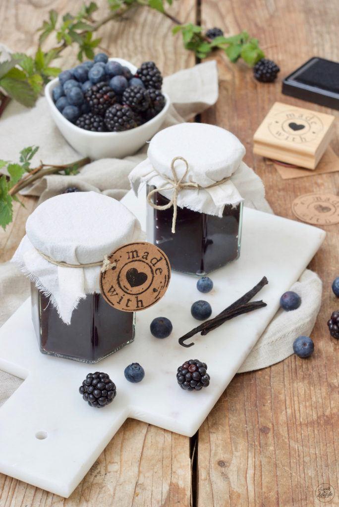 Leckere Heidelbeer-Brombeer-Marmelade nach einem Rezept von Sweets & Lifestyle®