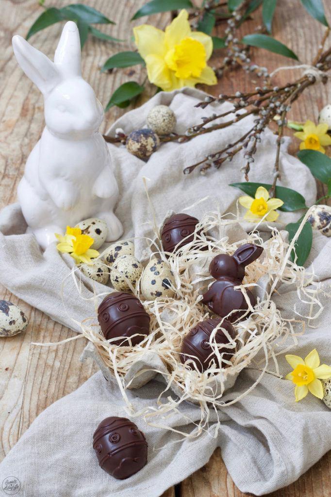 Osterpralinen gefüllt mit Wiener Salon Nougat nach einem Rezept von Sweets & Lifestyle®