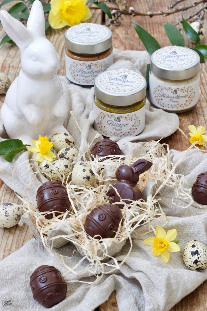 Osterpralinen gefüllt mit Wiener Salon Nougat als Geschenk aus der Küche von Sweets & Lifestyle®