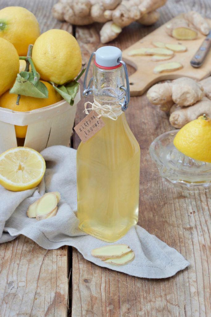 Einfaches Zitronen-Ingwer-Sirup Rezept von Sweets & Lifestyle®