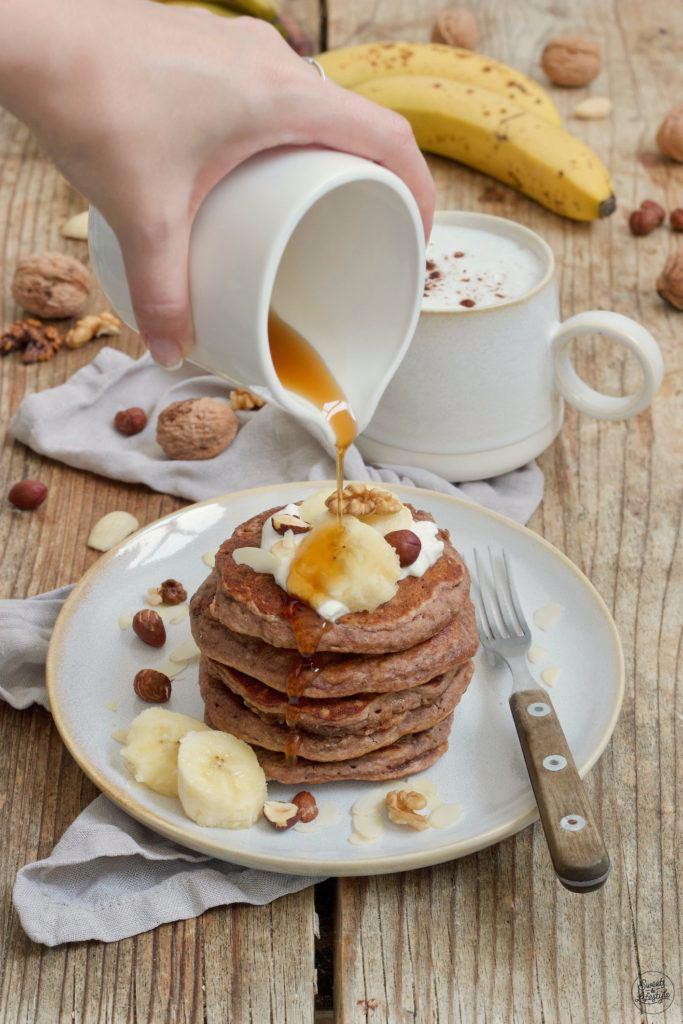 Bananen Pancakes ohne Mehl und ohne Zucker nach einem Rezept von Sweets & Lifestyle®