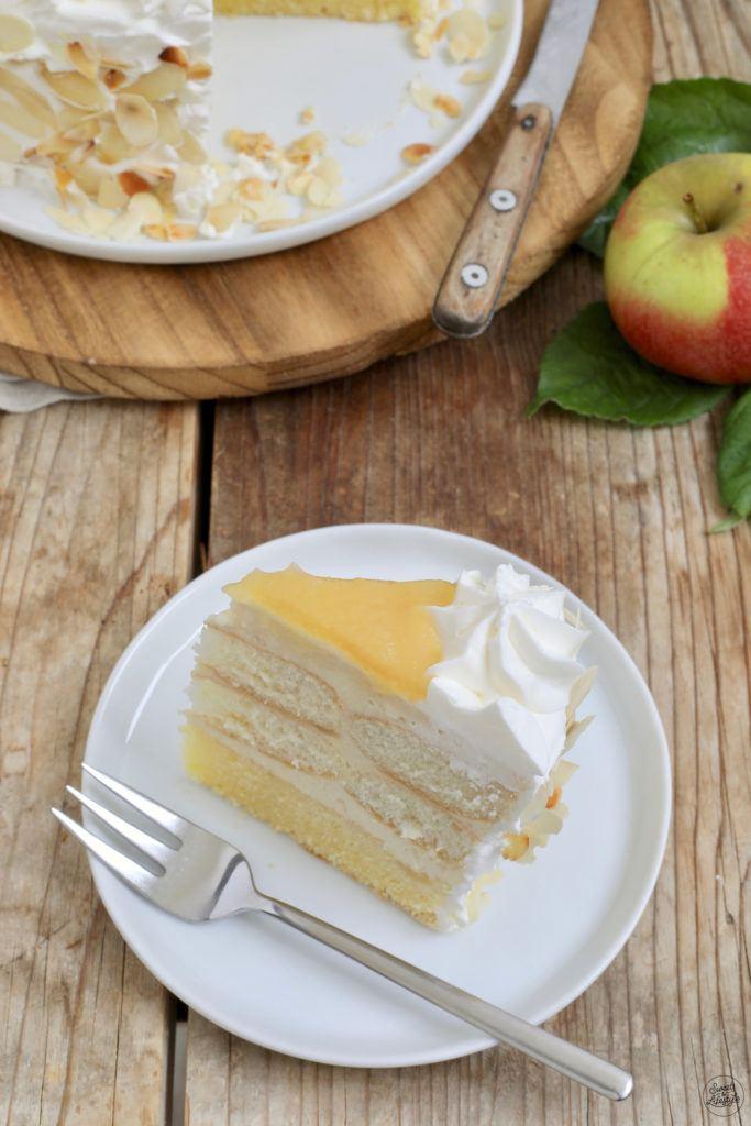 Leckere zuckerreduzierte Apfelmustorte nach einem Rezept von Sweets & Lifestyle®