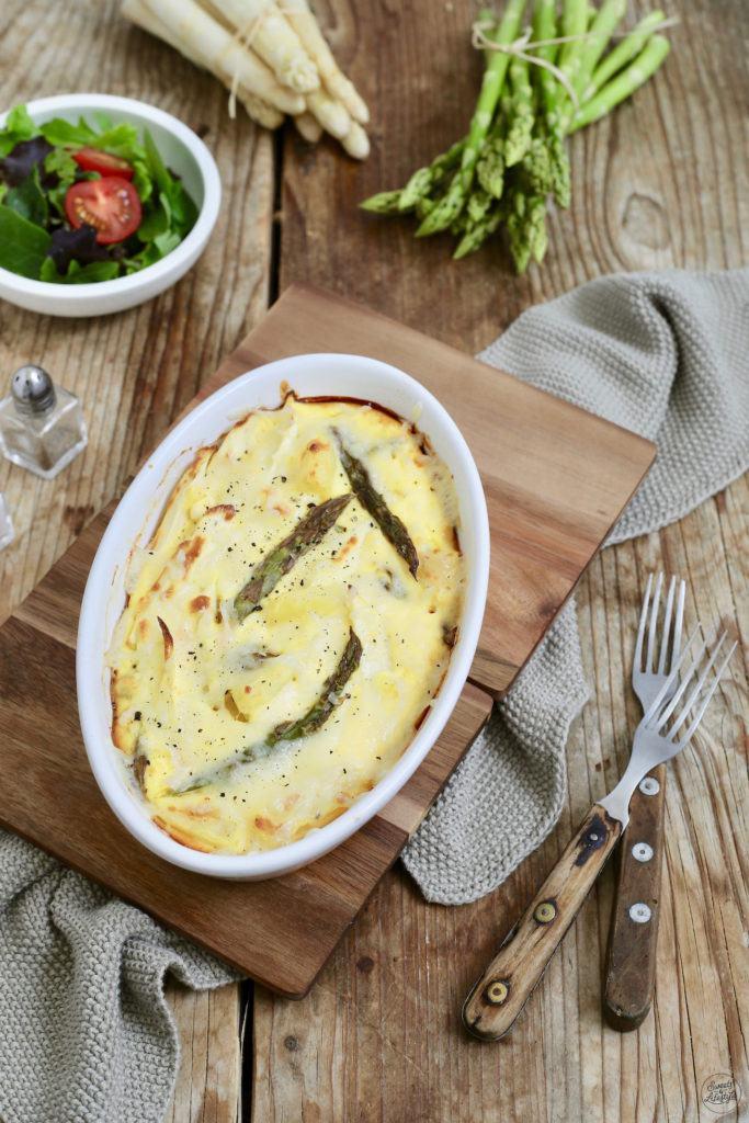 Vegetarischer Spargelauflauf mit Käse überbacken nach einem Rezept von Sweets & Lifestyle®