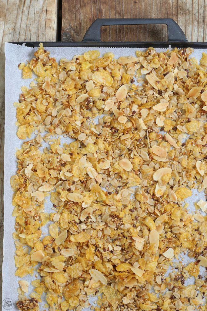 Zuckerfreies Granola selber machen ist ganz einfach nach dem Rezept von Sweets & Lifestyle®