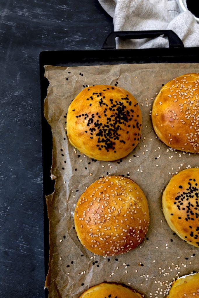 Leckere Brioche Burger Buns nach einem Rezept von Sweets & Lifestyle®