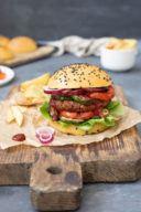 Veggie Burger mit Kidneybohnen Pattie nach einem Rezept von