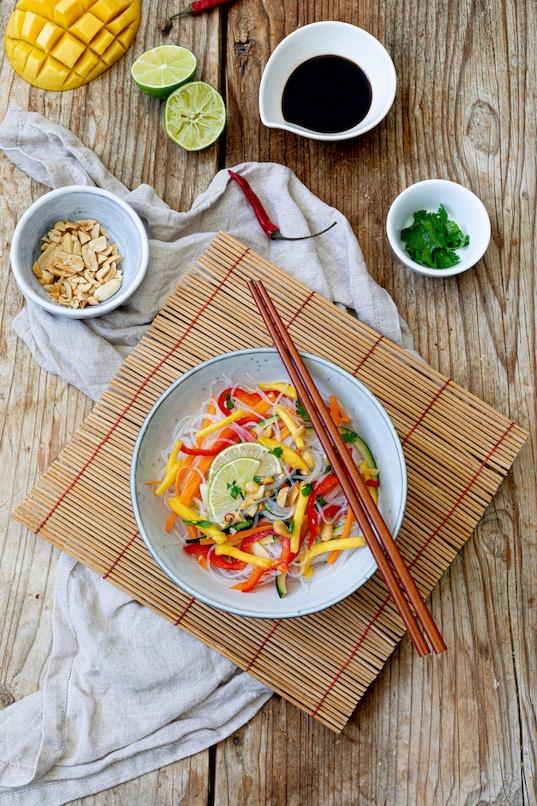 Leckeres Glasnudelsalat Rezept mit Mango von Sweets & Lifestyle®