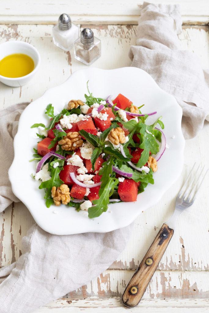 Erfrischender Rucolasalat mit Wassermelone und Feta nach einem Rezept von Sweets & Lifestyle®