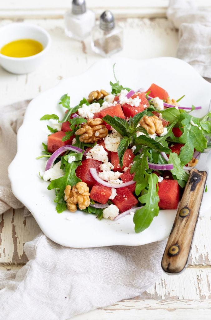 Sommerlicher Wassermelonen Feta Salat mit Rucola nach einem Rezept von Sweets & Lifestyle®