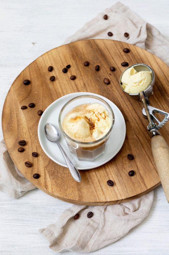 Affogato al caffè das italienische Dessert gemacht von Sweets & Lifestyle®