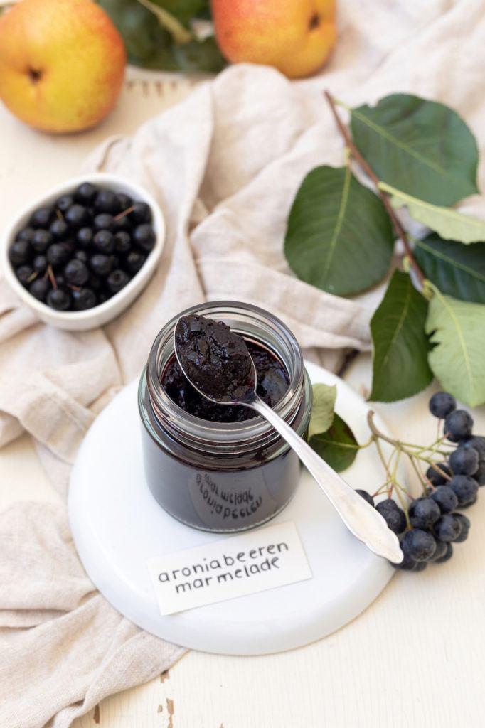 Leckere Aronia-Birnen-Marmelade nach einem Rezept von Sweets & Lifestyle®