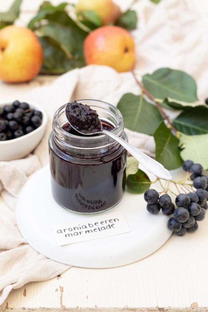 Aronia Marmelade mit Birnen verfeinert nach einem Rezept von Sweets & Lifestyle®