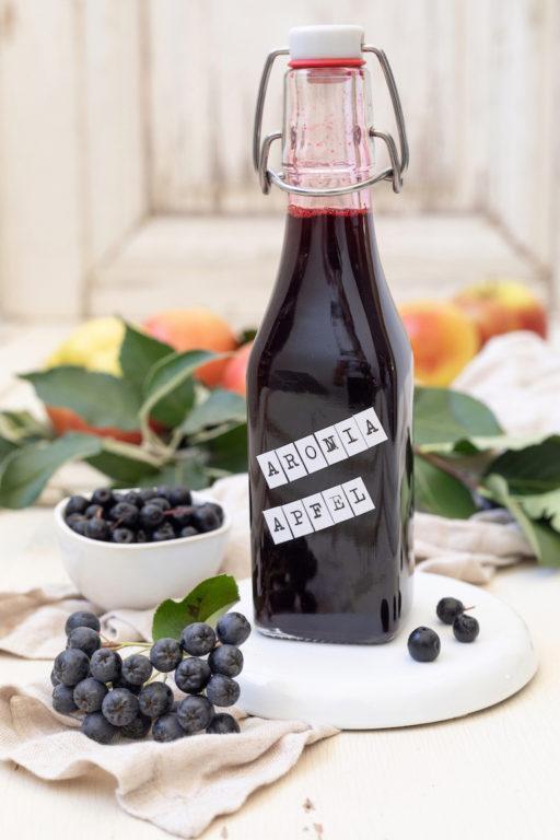Aroniabeeren-Apfel-Sirup nach einem Rezept von von Sweets & Lifestyle®