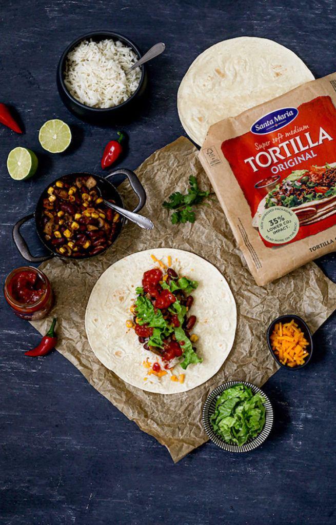 Vegetarischer Burrito mit Reis und Santa Maria Taco Sauce mild nach einem Rezept von Sweets & Lifestyle®