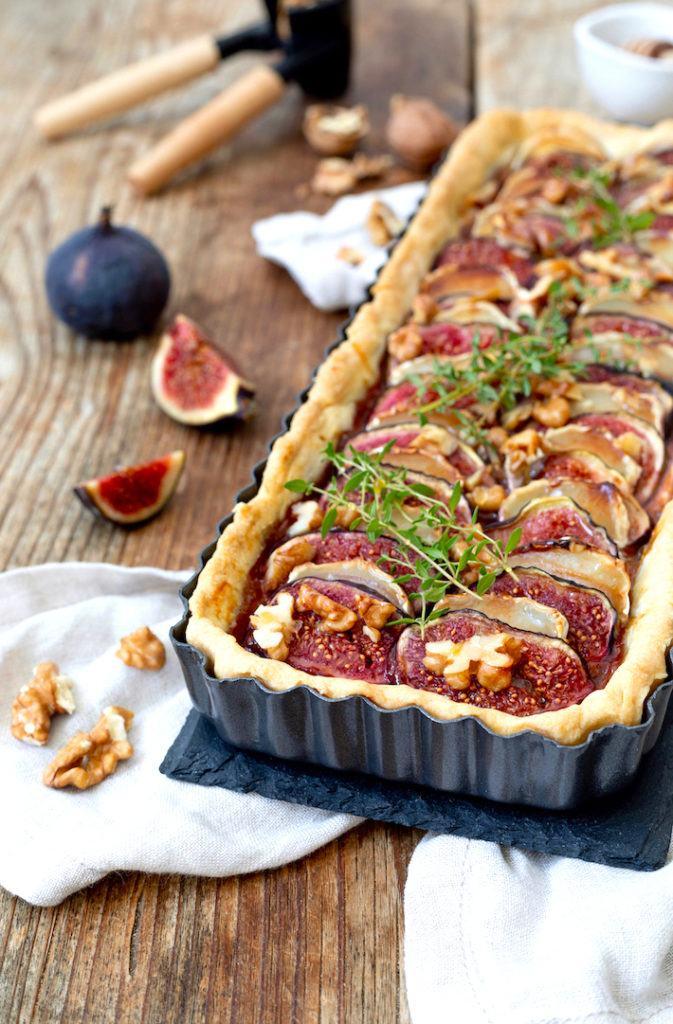 Herzhafte Feigentarte mit Ziegenkäse, Feigensenf, Walnüssen und Honig nach einem Rezept von Sweets & Lifestyle®