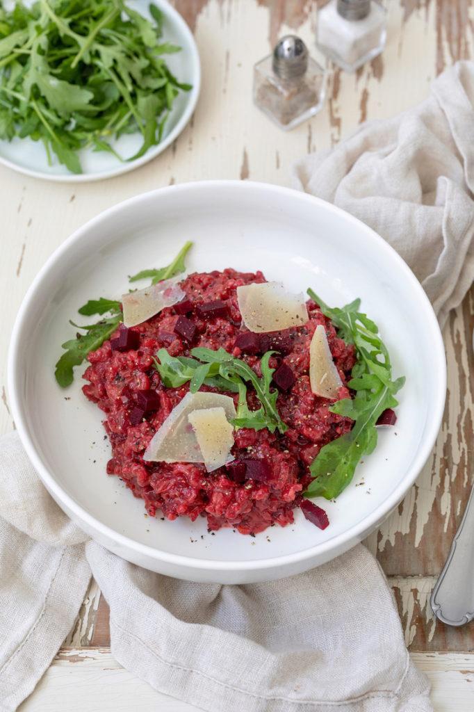 Rote Rüben Risotto mit Rucola und Parmesan nach einem Rezept von Sweets & Lifestyle®