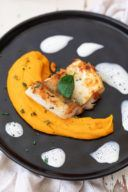 Gebratenes Zanderfilet auf Kürbispüree als leckeres vegetarisches Rezept mit Fisch für das Weihnachtsmenü von Sweets & Lifestyle®
