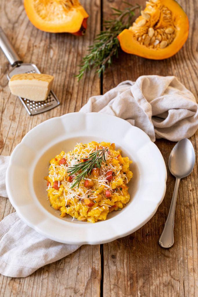 Leckeres Kürbisrisotto mit Parmesan und Rosmarin nach einem Rezept von Sweets & Lifestyle®